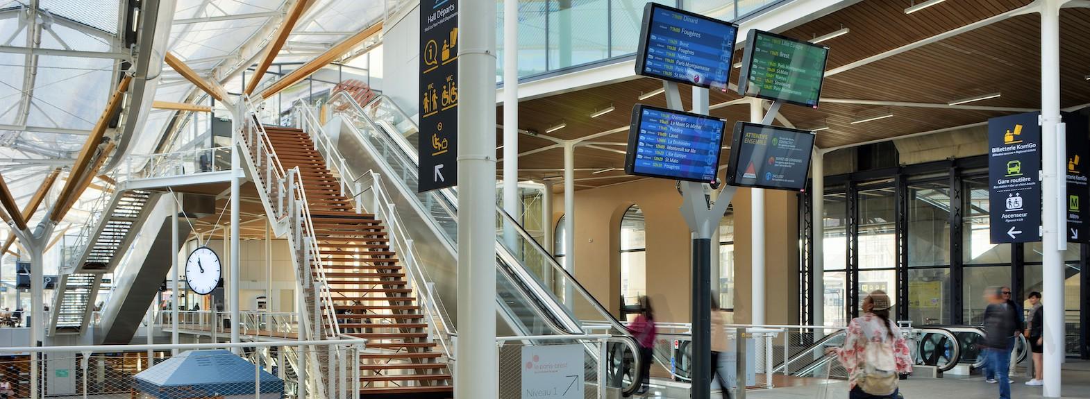 Gare_de_Rennes-Franck_Hamon-17500.jpg