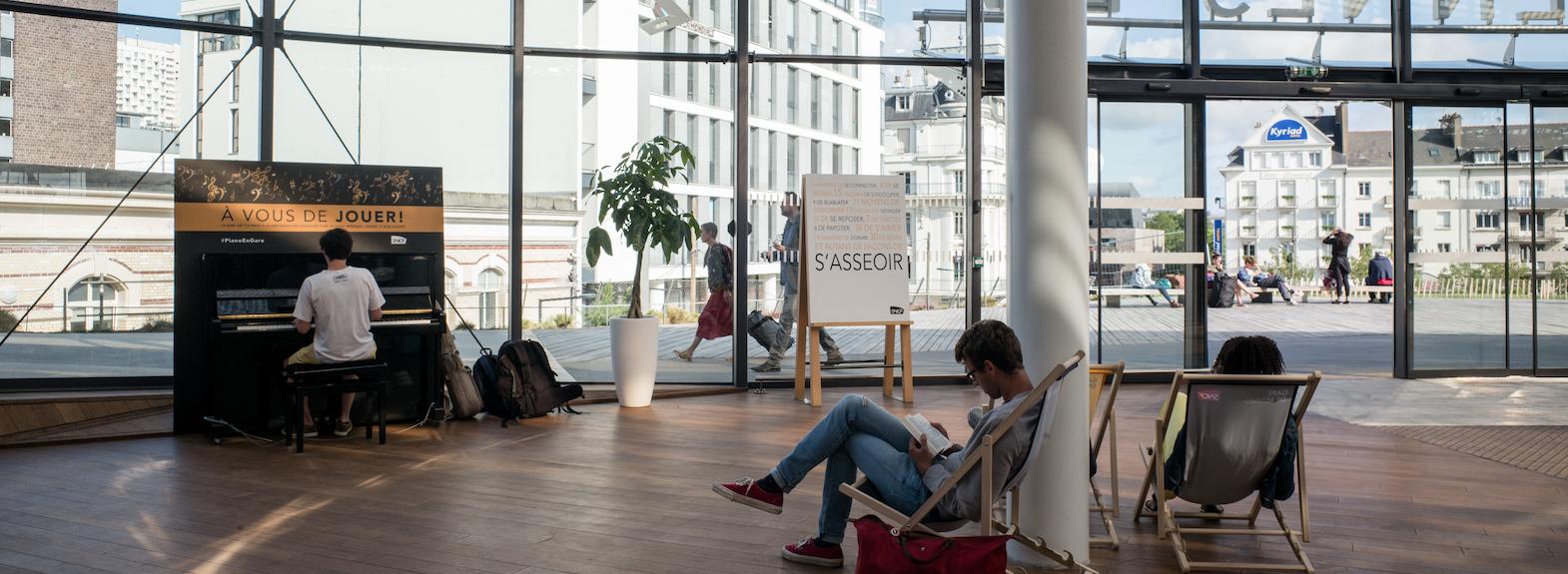 3-Eurorennes-Gare_interieur-_juillet_aout_2019_HD.jpg