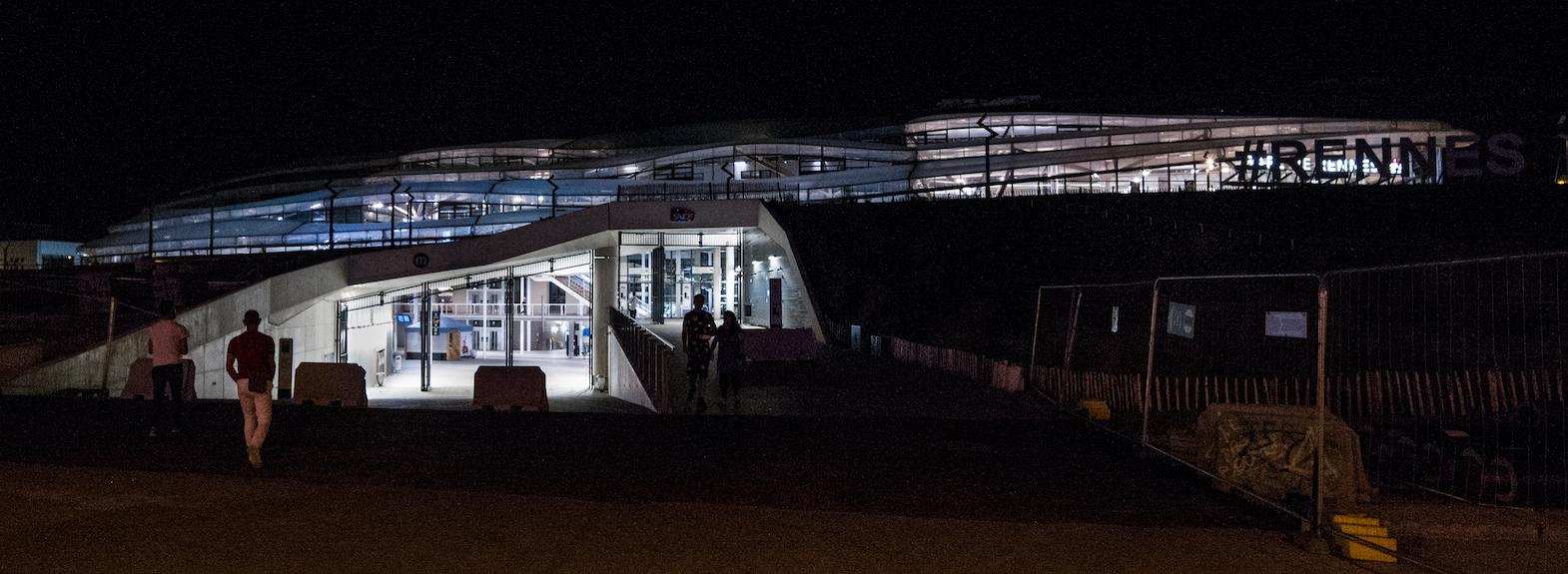 5-Gare_entree_Nord_de_nuit-juin_2019.jpg