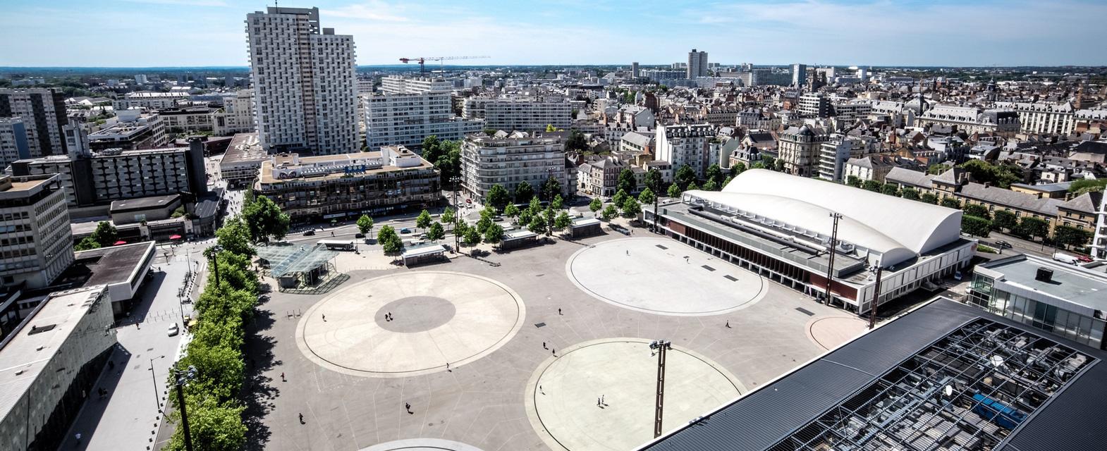 Charles-de-Gaulle-Champs-Libres-1.jpg